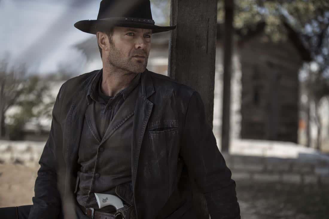 Garret Dillahunt as John Dorey- Fear the Walking Dead _ Season 4, Gallery - Photo Credit: Elizabeth Weinberg/AMC