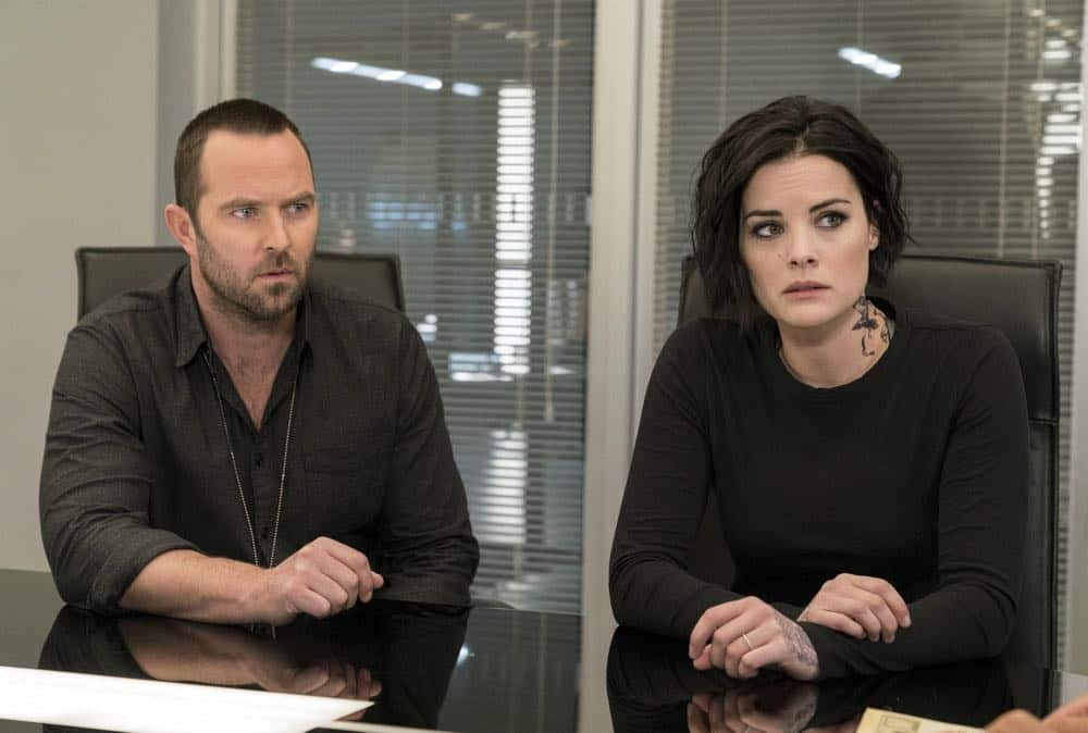 "BLINDSPOT -- ""Deductions"" Episode 315 -- Pictured: (l-r) Sullivan Stapleton as Kurt Weller, Jaimie Alexander as Jane Doe -- (Photo by: David Giesbrecht/NBC)"
