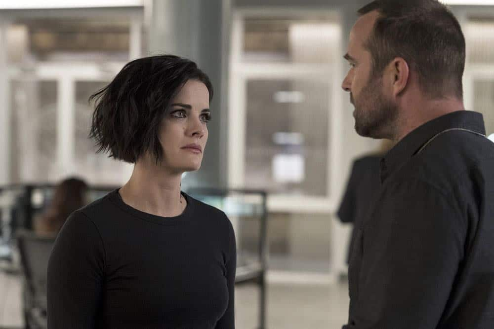 "BLINDSPOT -- ""Deductions"" Episode 315 --  Pictured: (l-r) Jaimie Alexander as Jane Doe, Sullivan Stapleton as Kurt Weller -- (Photo by: David Giesbrecht/NBC)"