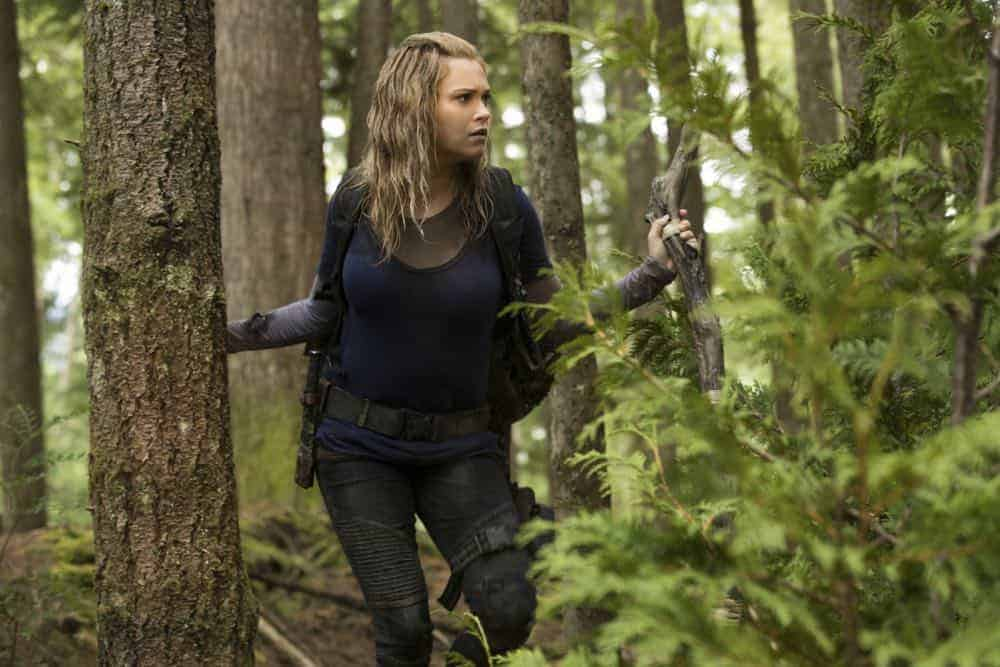 "The 100 -- ""Eden"" -- Image Number: HUN501a_0020.jpg -- Pictured: Eliza Taylor as Clarke -- Photo: Jack Rowand/The CW -- © 2018 The CW Network, LLC. All rights reserved."
