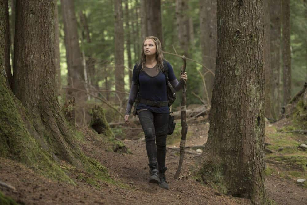 "The 100 -- ""Eden"" -- Image Number: HUN501a_0035.jpg -- Pictured: Eliza Taylor as Clarke -- Photo: Jack Rowand/The CW -- © 2018 The CW Network, LLC. All rights reserved."