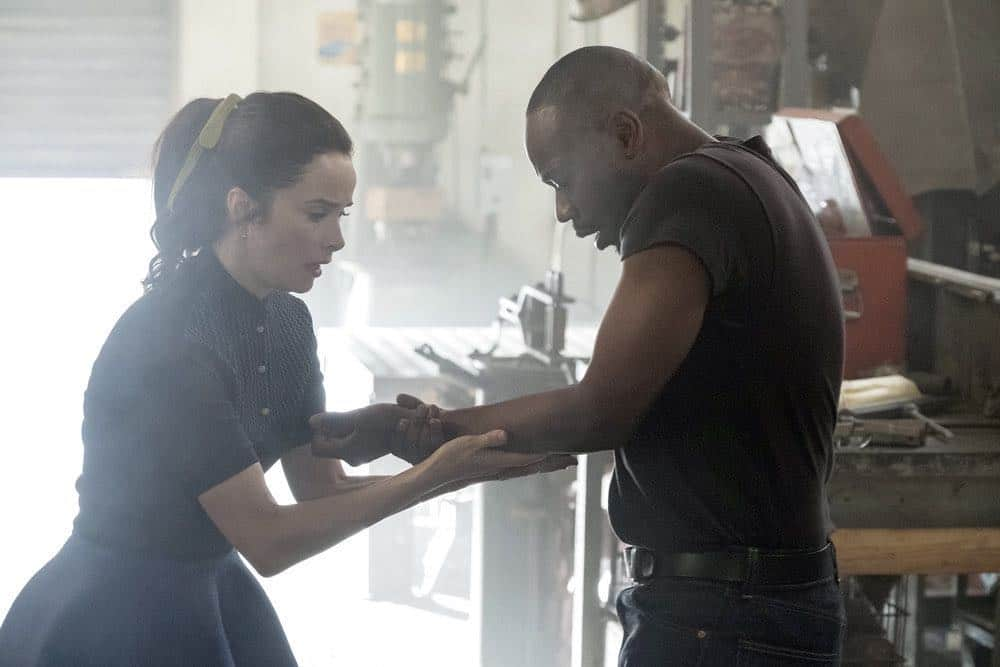 "TIMELESS -- ""The Darlington 500"" Episode 202 -- Pictured: (l-r) Abigail Spencer as Lucy Preston, Malcolm Barrett as Rufus Carlin -- (Photo by: Justin Lubin/NBC)"