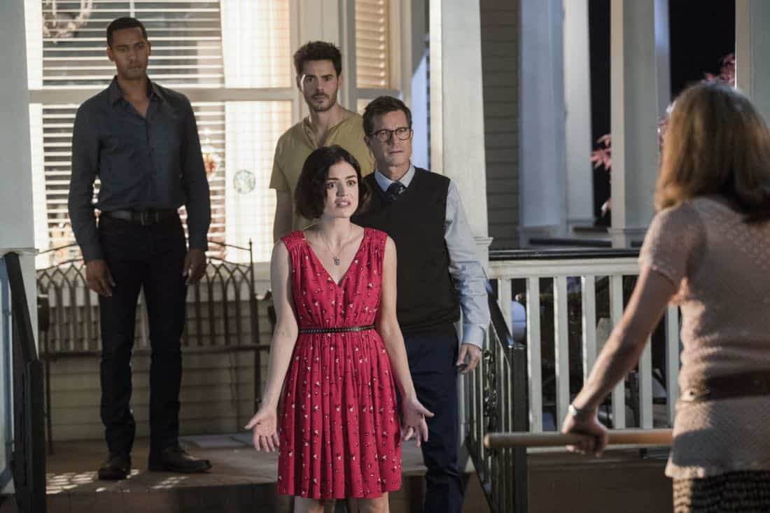 """Life Sentence -- """"Re-Inventing the Abbotts"""" -- Image Number: LFS102c_0360b.jpg -- Pictured (L-R): Elliot Knight as Wes, Lucy Hale as Stella, Jayson Blair as Aiden, Dylan Walsh as Peter and Gillian Vigman as Ida -- Photo: Jack Rowand/The CW -- © 2018 The CW Network, LLC. All Rights Reserved."""