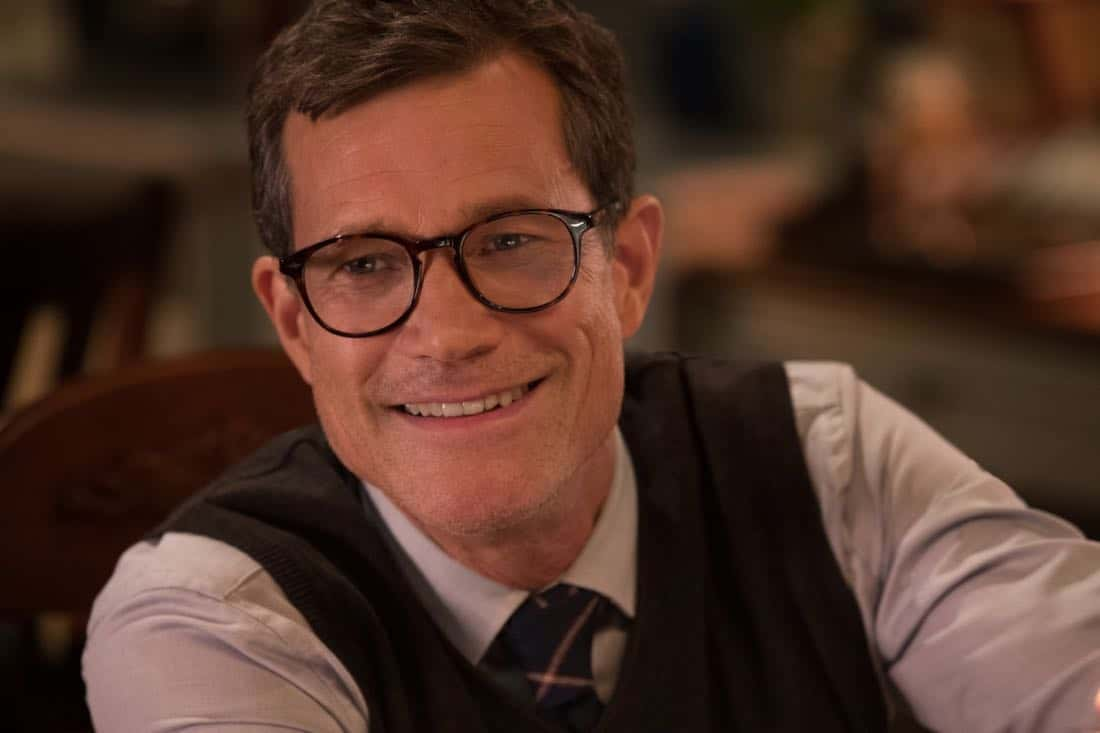 """Life Sentence -- """"Re-Inventing the Abbotts"""" -- Image Number: LFS102a_0251.jpg -- Pictured: Dylan Walsh as Peter -- Photo: Jack Rowand/The CW -- © 2018 The CW Network, LLC. All Rights Reserved."""
