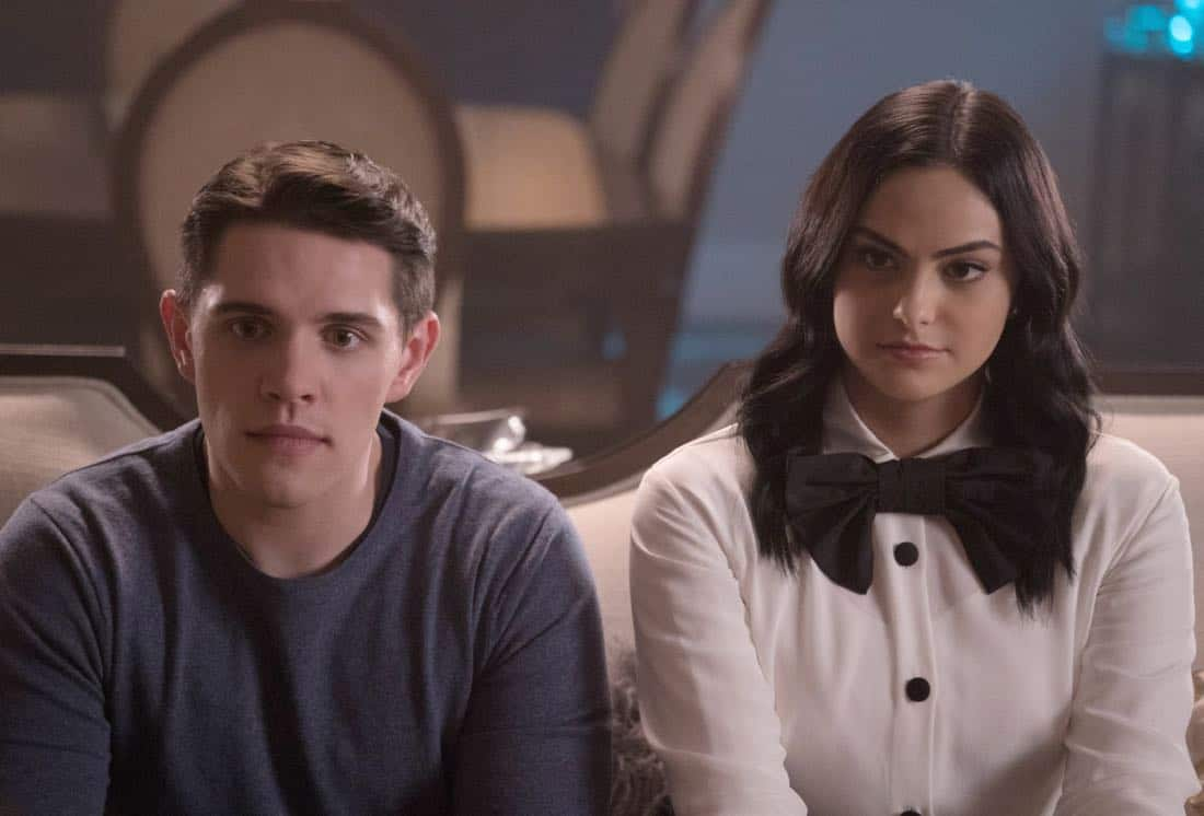 "Riverdale -- ""Chapter Twenty-Nine: Primary Colors"" -- Image Number: RVD216d_0083.jpg -- Pictured (L-R): Casey Cott as Kevin and Camila Mendes as Veronica -- Photo: Katie Yu/The CW -- © 2018 The CW Network, LLC. All Rights Reserved."