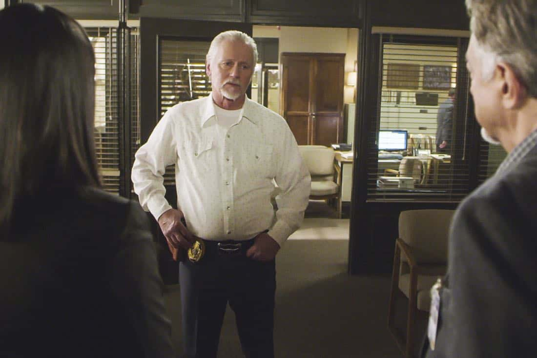 ÒThe CapilanosÓ Ð The BAU is called to Oklahoma to investigate a murderous clown terrorizing the sleepy town of Guymon, on CRIMINAL MINDS, Wednesday, March 21 (10:00-11:00 PM, ET/PT) on the CBS Television Network.  Pictured: Lowell Dean (Chief Josh Harrison)   Photo: Best Screen Grab Available ©2018 CBS Broadcasting, Inc. All Rights Reserved