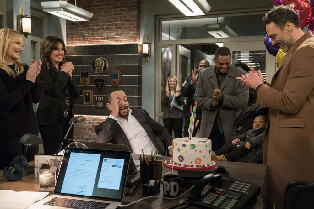 "LAW & ORDER: SPECIAL VICTIMS UNIT -- ""Send in the Clowns"" Episode 1917 -- Pictured: (l-r) Kelli Giddish as Detective Amanda Rollins, Mariska Hargitay as Lieutenant Olivia Benson, Ice T as Odafin ""Fin"" Tutuola, Ernest Wadell as Ken Randall, Miguel Govea as Alejandro Pavel -- (Photo by: David Giesbrecht/NBC)"