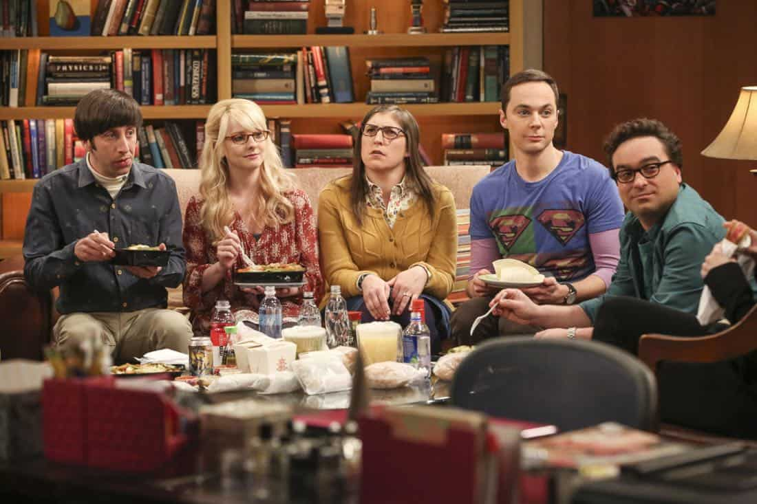 """The Tenant Disassociation"" - Pictured: Howard Wolowitz (Simon Helberg), Bernadette (Melissa Rauch), Amy Farrah Fowler (Mayim Bialik), Sheldon Cooper (Jim Parsons) and Leonard Hofstadter (Johnny Galecki). When Leonard learns Sheldon is the president of the tenants association, he decides to run against him. Also, Bernadette encourages Wolowitz and Koothrappali to find the owner of a drone after they find it in the backyard, on THE BIG BANG THEORY, Thursday, April 5 (8:00-8:31 PM, ET/PT) on the CBS Television Network. Photo: Michael Yarish/Warner Bros. Entertainment Inc. © 2018 WBEI. All rights reserved."