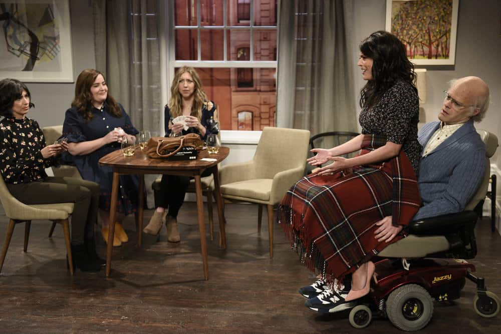 """SATURDAY NIGHT LIVE -- Episode 1741 """"Bill Hader"""" -- Pictured: (l-r) Melissa Villaseñor, Aidy Bryant as Jeanie, Heidi Gardner as Ana, Cecily Strong as Jeanie, Bill Hader as Horace during """"Game Night"""" in Studio 8H on Saturday, March 17, 2018 -- (Photo by: Will Heath/NBC)"""