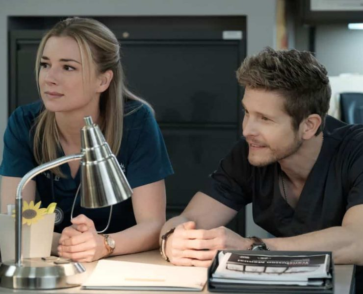 """THE RESIDENT: L-R: Emily VanCamp and Matt Czuchry in the """"Lost Love"""" episode of THE RESIDENT airing Monday, March 26 (9:00-10:00 PM ET/PT) on FOX. ©2018 Fox Broadcasting Co. Cr: Guy D'Alema/FOX"""