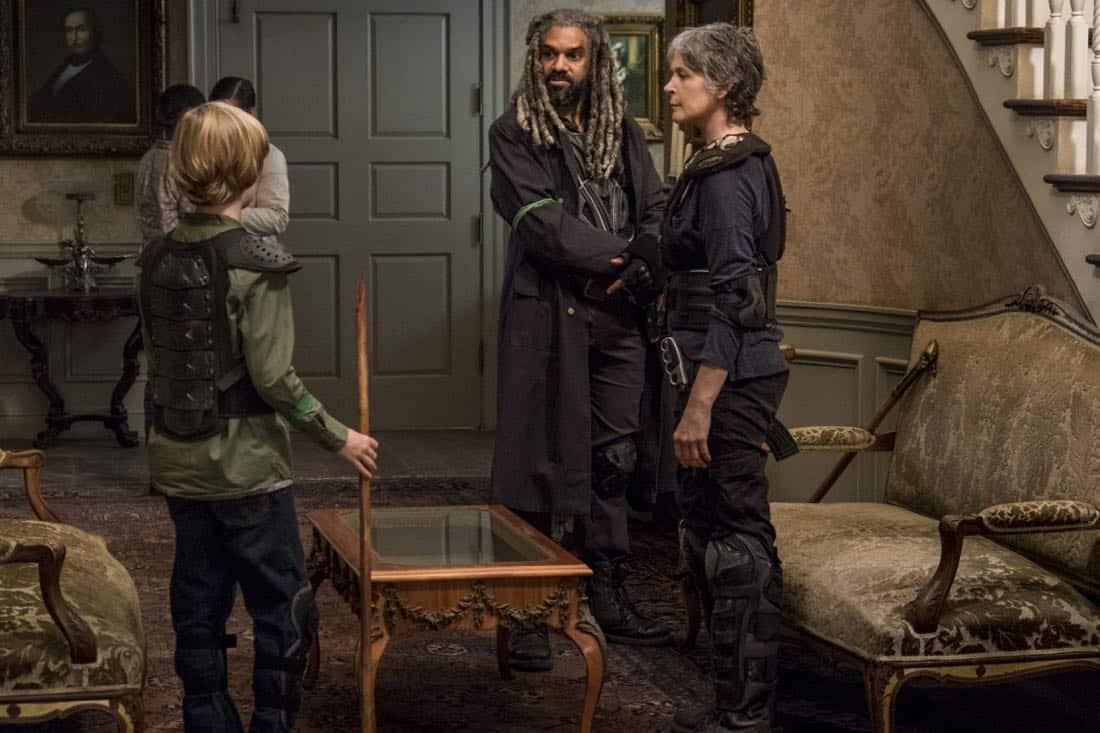 Macsen Lintz as Henry, Khary Payton as Ezekiel, Melissa McBride as Carol Peletier - The Walking Dead _ Season 8, Episode 13 - Photo Credit: Gene Page/AMC