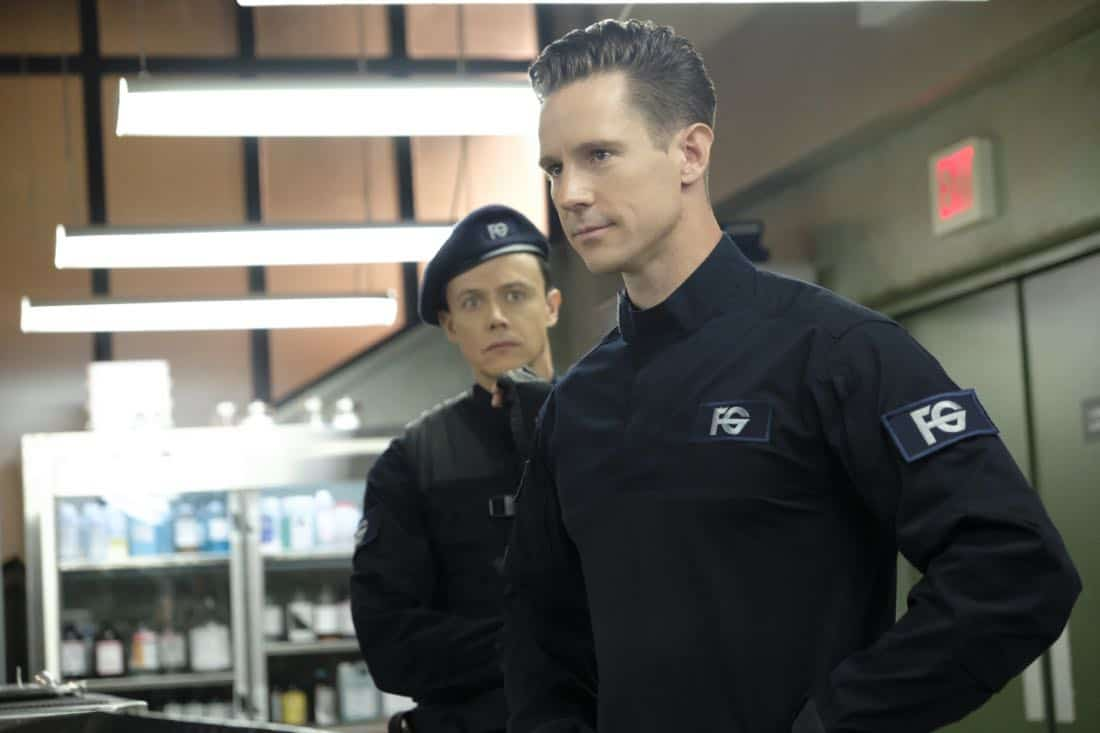 "iZombie -- ""Goon Struck"" -- Image Number: ZMB405a_0027.jpg -- Pictured (right): Jason Dohring as Chase Graves -- Photo: Bettina Strauss/The CW --  © 2018 The CW Network, LLC. All rights reserved."