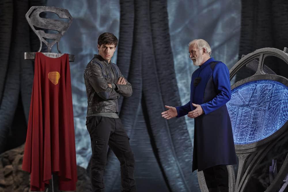 KRYPTON -- Season:1 -- Pictured: (l-r) Cameron Cuffe as Seg-El, Ian McElhinney as Val-El -- (Photo by: Gavin Bond/Syfy)