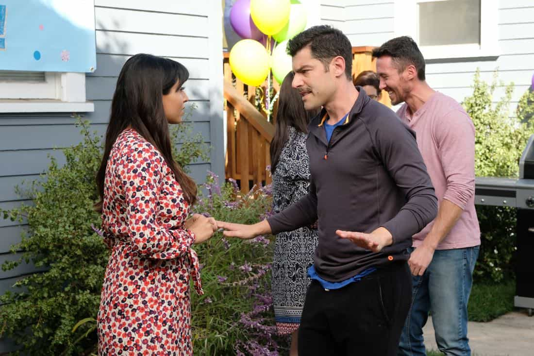 "NEW GIRL: L-R: Hannah Simone and Max Greenfield in the ""About Three Years Later"" season seven premiere episode of NEW GIRL airing Tuesday, April10 (9:30-10:00 PM ET/PT) on FOX. ©2018 Fox Broadcasting Co. Cr: Ray Mickshaw/FOX"