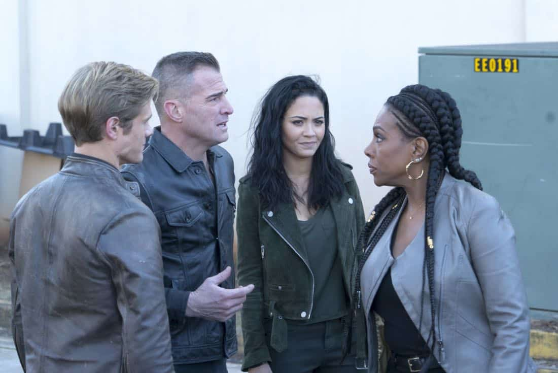 """""""Riley + Airplane"""" -- When Matty and the team search for a former government tech who stole classified intel and has been evading capture, they reunite with the Coltons, the family of bounty hunters, who are pursuing the same man for different reasons, on MACGYVER, Friday, March 30 (8:00-9:00 PM, ET/PT) on the CBS Television Network. Pictured:  Lucas Till, George Eads, Tristin Mays, Sheryl Lee Ralph.   Photo: Annette Brown/CBS ©2018 CBS Broadcasting, Inc. All Rights Reserved"""