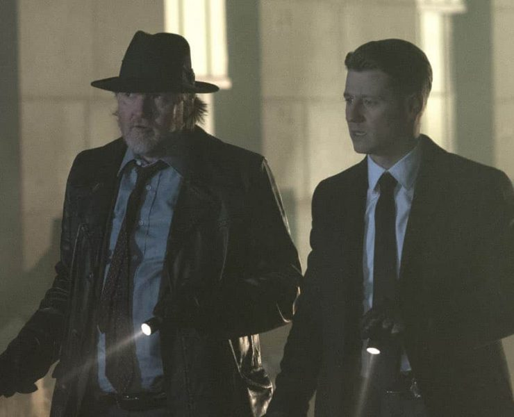 "GOTHAM: L-R: Donal Logue and Ben McKenzie in the ""A Dark Knight: One Of My Three Soups"" episode of GOTHAM airing Thursday, March 29 (8:00-9:00 PM ET/PT) on FOX. ©2018 Fox Broadcasting Co. Cr: David Giesbrecht/FOX"