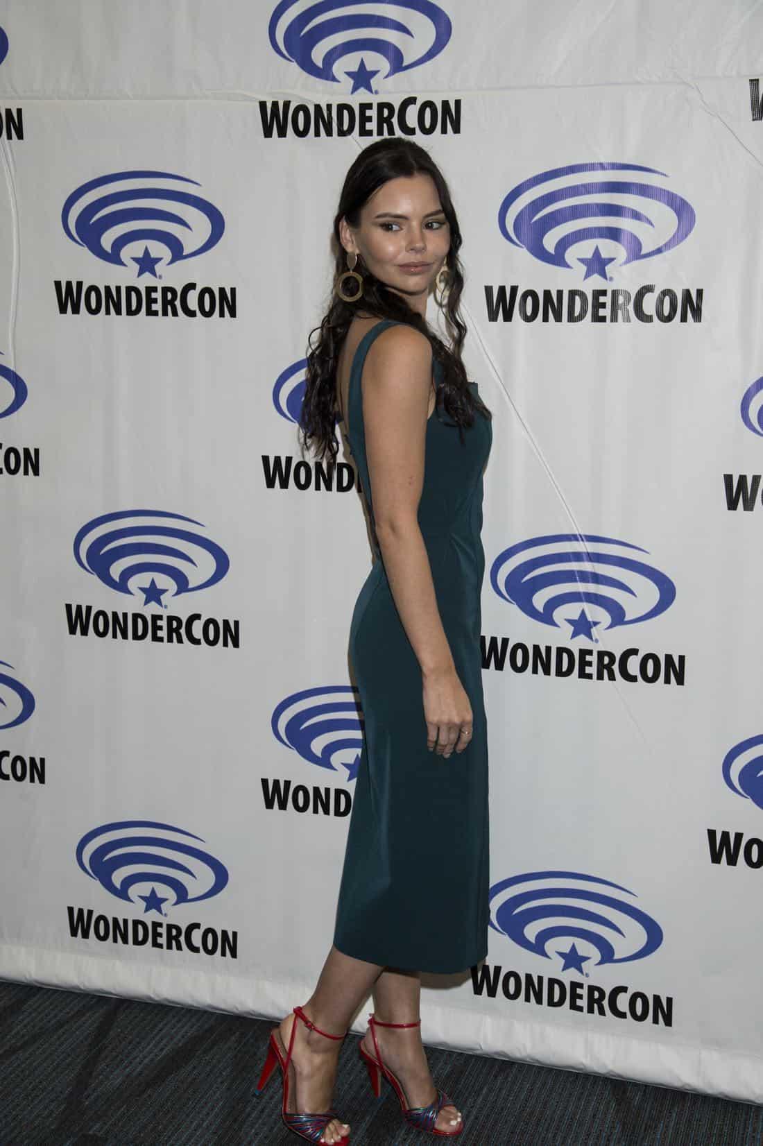 Siren Cast Wondercon 2018 14