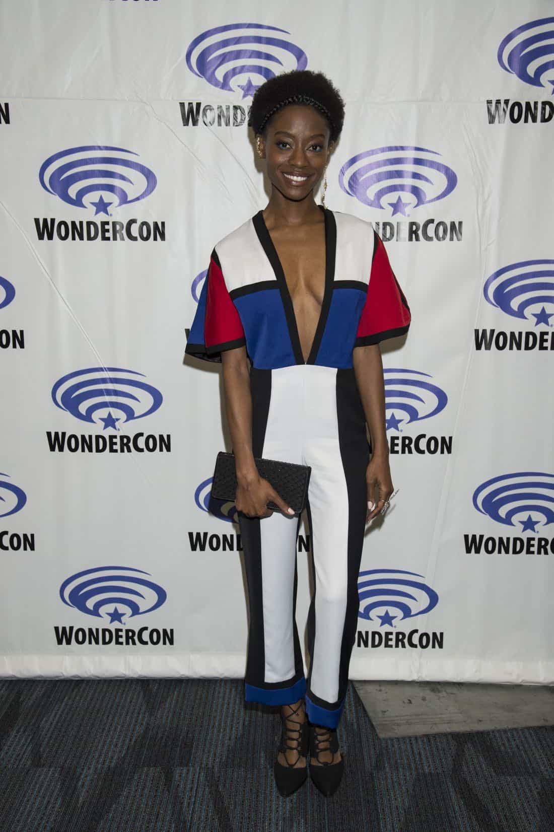 Siren Cast Wondercon 2018 19