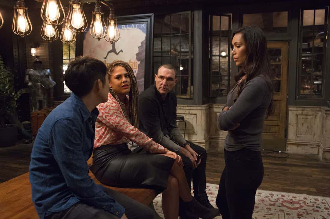 """DECEPTION - """"Divination"""" - When a psychic is murdered, Kay and Cam investigate only to learn she had a partner who's now on the run. Enlisting her help, Cameron and the team take down an international arms dealer, on """"Deception,"""" airing SUNDAY, APRIL 1 (10:01-11:00 p.m. EDT), on The ABC Television Network. (ABC/Giovanni Rufino) JUSTIN CHON, LENORA CRICHLOW, VINNIE JONES, ILFENESH HADERA"""