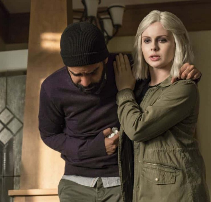 "iZombie -- ""My Really Fair Lady"" -- Image Number: ZMB406a_0104.jpg -- Pictured (L-R): Rahul Kohli as Ravi and Rose McIver as Liv -- Photo: Daniel Power/The CW -- © 2018 The CW Network, LLC. All rights reserved."