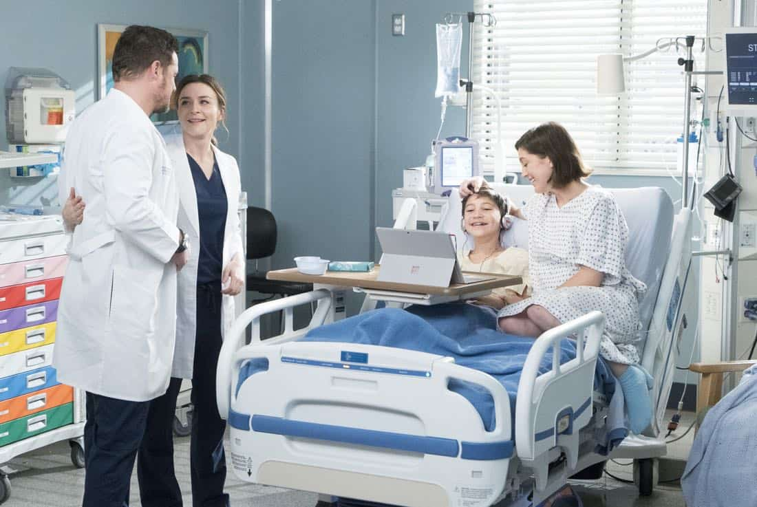 Greys Anatomy Episode 18 Season 14 Hold Back The River 08