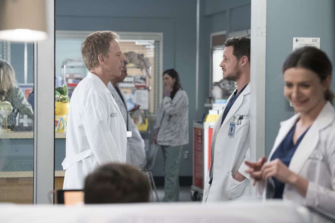 Greys Anatomy Episode 18 Season 14 Hold Back The River 09