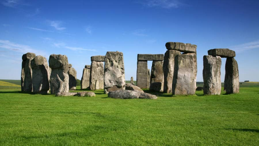 ancient-aliens-stonehenge