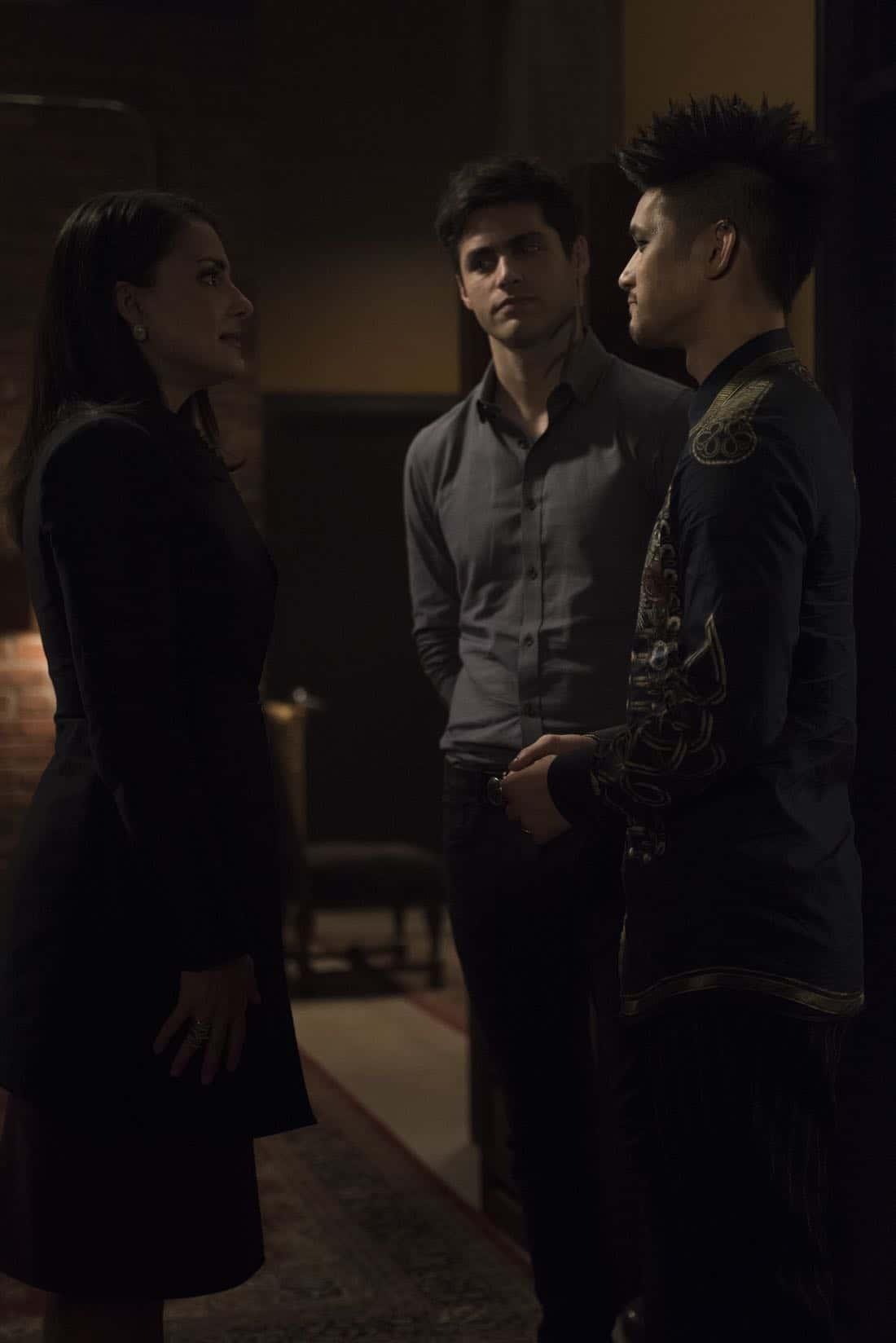 Shadowhunters Episode 3 Season 3 What Lies Beneath 49