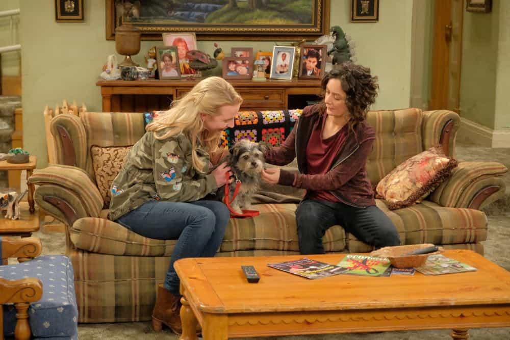 Roseanne Episode 4 Season 10 Eggs Over Not Easy 02