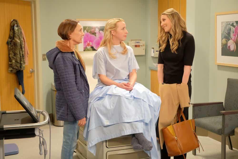 Roseanne Episode 4 Season 10 Eggs Over Not Easy 13