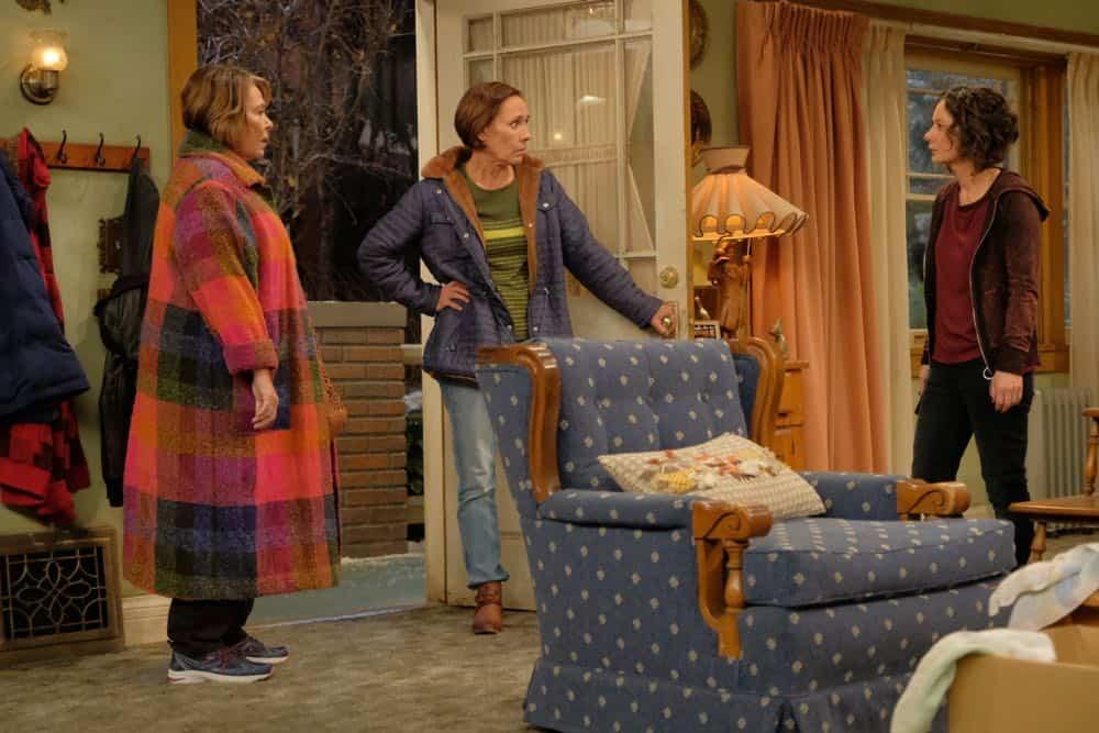 Roseanne Episode 4 Season 10 Eggs Over Not Easy 20