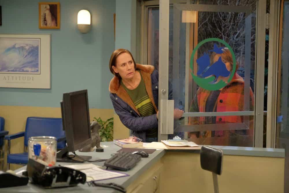Roseanne Episode 4 Season 10 Eggs Over Not Easy 23
