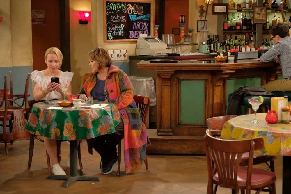 Roseanne Episode 4 Season 10 Eggs Over Not Easy 28