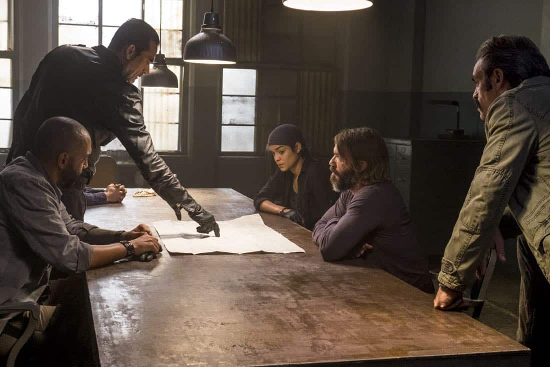 Steven Ogg as Simon, Jeffrey Dean Morgan as Negan, Elizabeth Ludlow as Arat, Austin Amelio as Dwight, Saviors - The Walking Dead _ Season 8, Episode 15 - Photo Credit: Gene Page/AMC