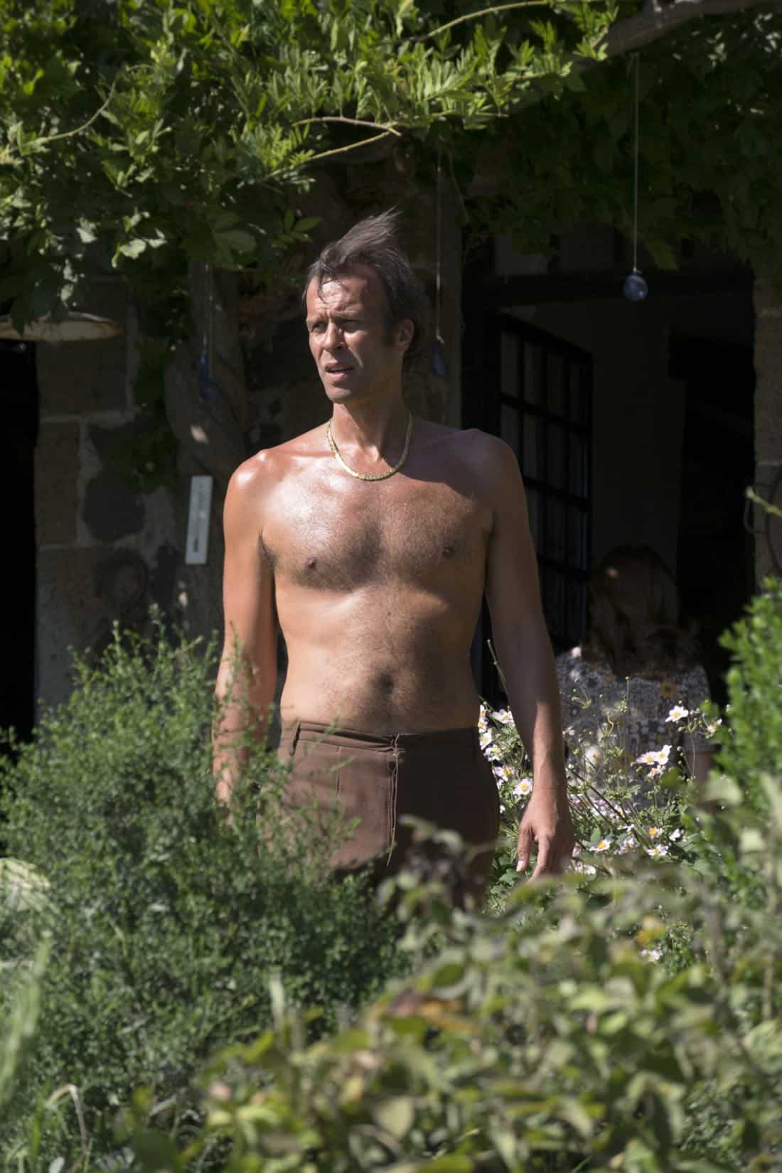 "TRUST -- ""La Dolce Vita"" -- Episode 3 (Airs Sunday, April 8, 10:00 p.m.) Pictured: John Schwab as Lang Jefferies CR: FX"