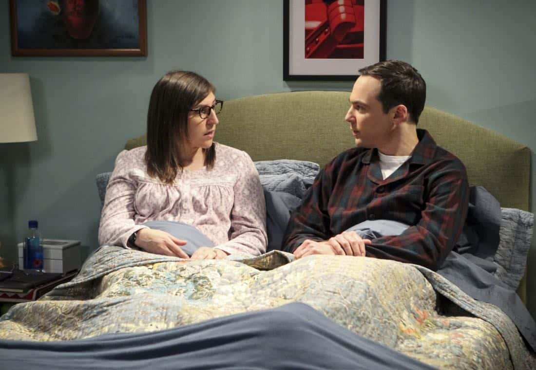 """The Reclusive Potential"" - Pictured: Amy Farrah Fowler (Mayim Bialik) and Sheldon Cooper (Jim Parsons). A brilliant but reclusive scientist, Doctor Wolcott (Peter MacNicol), invites Sheldon to his cabin in the middle of nowhere, and Leonard, Raj and Howard go along for the trip. Also, Penny and Bernadette improvise after Amy doesn't like the tame bachelorette party they planned for her, on THE BIG BANG THEORY, Thursday, April 12 (8:00-8:31 PM, ET/PT) on the CBS Television Network. Photo: Sonja Flemming/CBS ©2018 CBS Broadcasting, Inc. All Rights Reserved."