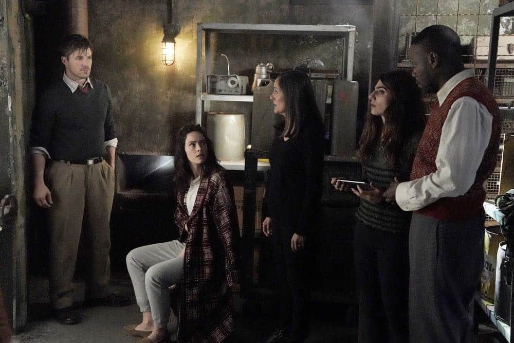 Timeless Episode 5 Season 2 The Kennedy Curse 13