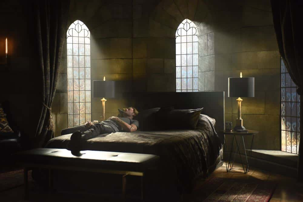 "SHADOWHUNTERS - ""Thy Soul Instructed"" - Jace's concerns grow about his mental state and turns to Luke for information on his family's past. Clary and Izzy go after a rogue vampire and Simon hunts for a new apartment. This episode of ""Shadowhunters"" airs Tuesday, April 10 (8:00 - 9:00 p.m. EDT) on Freeform. (Freeform/John Medland) DOMINIC SHERWOOD"