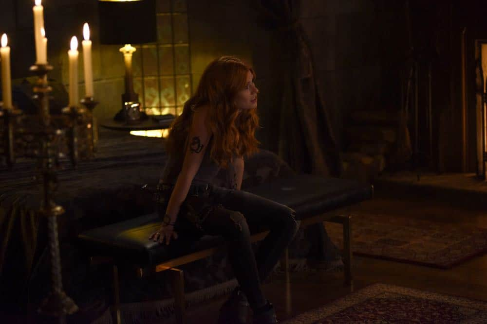 Shadowhunters Episode 4 Season 3 SHADOWHUNTERS Season 3 Episode 4 Photos Thy Soul Instructed 18