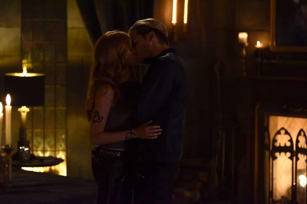 Shadowhunters Episode 4 Season 3 SHADOWHUNTERS Season 3 Episode 4 Photos Thy Soul Instructed 21