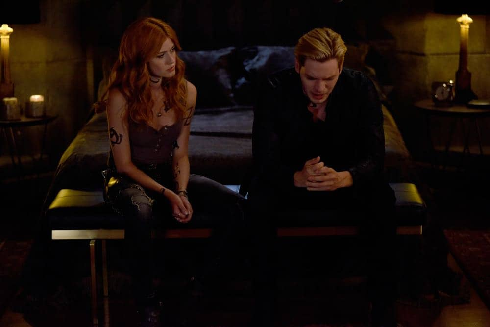 Shadowhunters Episode 4 Season 3 SHADOWHUNTERS Season 3 Episode 4 Photos Thy Soul Instructed 29
