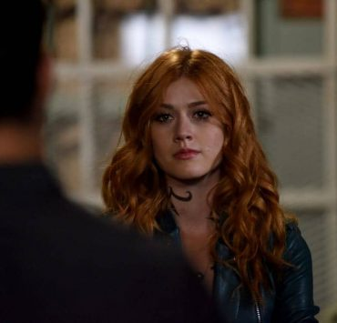 "SHADOWHUNTERS - ""Thy Soul Instructed"" - Jace's concerns grow about his mental state and turns to Luke for information on his family's past. Clary and Izzy go after a rogue vampire and Simon hunts for a new apartment. This episode of ""Shadowhunters"" airs Tuesday, April 10 (8:00 - 9:00 p.m. EDT) on Freeform. (Freeform/John Medland) KATHERINE MCNAMARA"