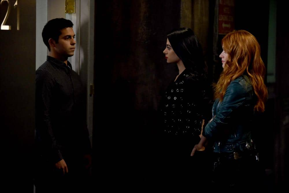 Shadowhunters Episode 4 Season 3 SHADOWHUNTERS Season 3 Episode 4 Photos Thy Soul Instructed 10