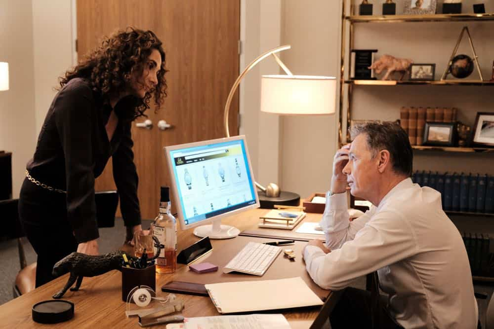 "THE RESIDENT:  L-R:  Melina Kanakaredes and Bruce Greenwood in the ""Haunted"" episode of THE RESIDENT airing Monday, April 16 (9:00-10:00 PM ET/PT) on FOX.  ©2018 Fox Broadcasting Co.  Cr:  Guy D'Alema/FOX"