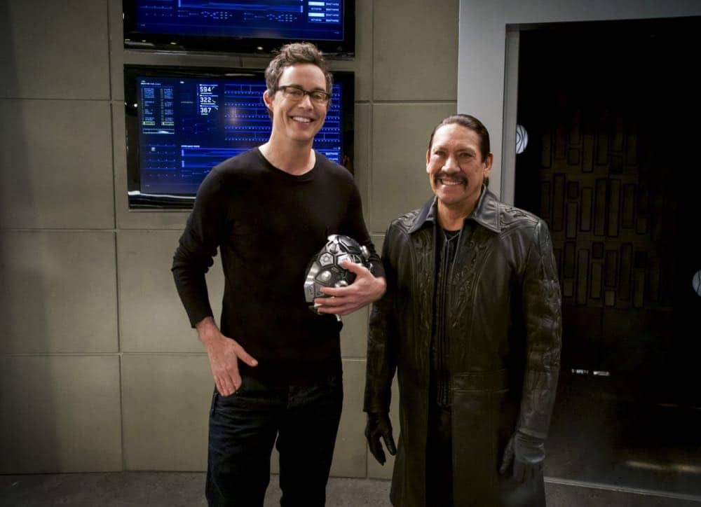 """The Flash -- """"Null and Annoyed"""" -- Image Number: FLA417b_0120b.jpg -- Pictured (L-R): Tom Cavanagh as Harrison Wells and Danny Trejo as Breacher -- Photo: Shane Harvey/The CW -- © 2018 The CW Network, LLC. All rights reserved"""