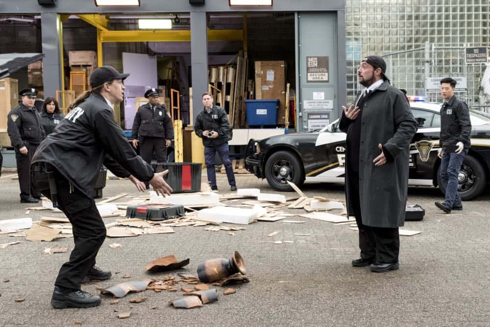 The Flash Episode 17 Season 4 Null and Annoyed 19