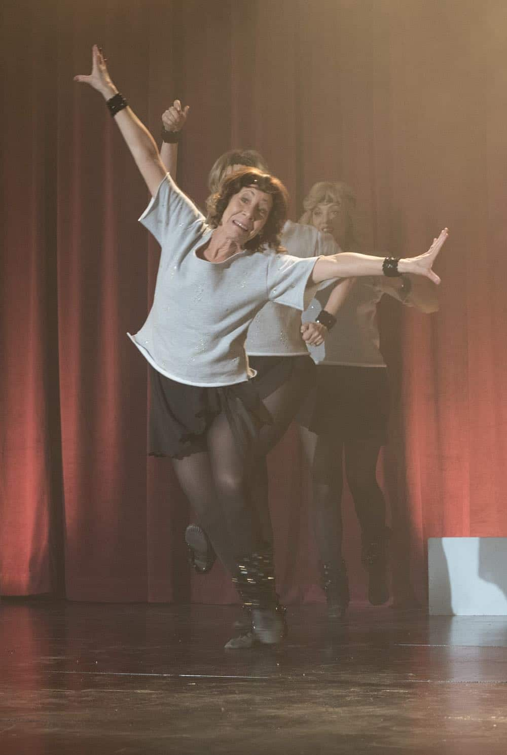 The Goldbergs Episode 19 Season 5 Flashy Little Flashdancer 46