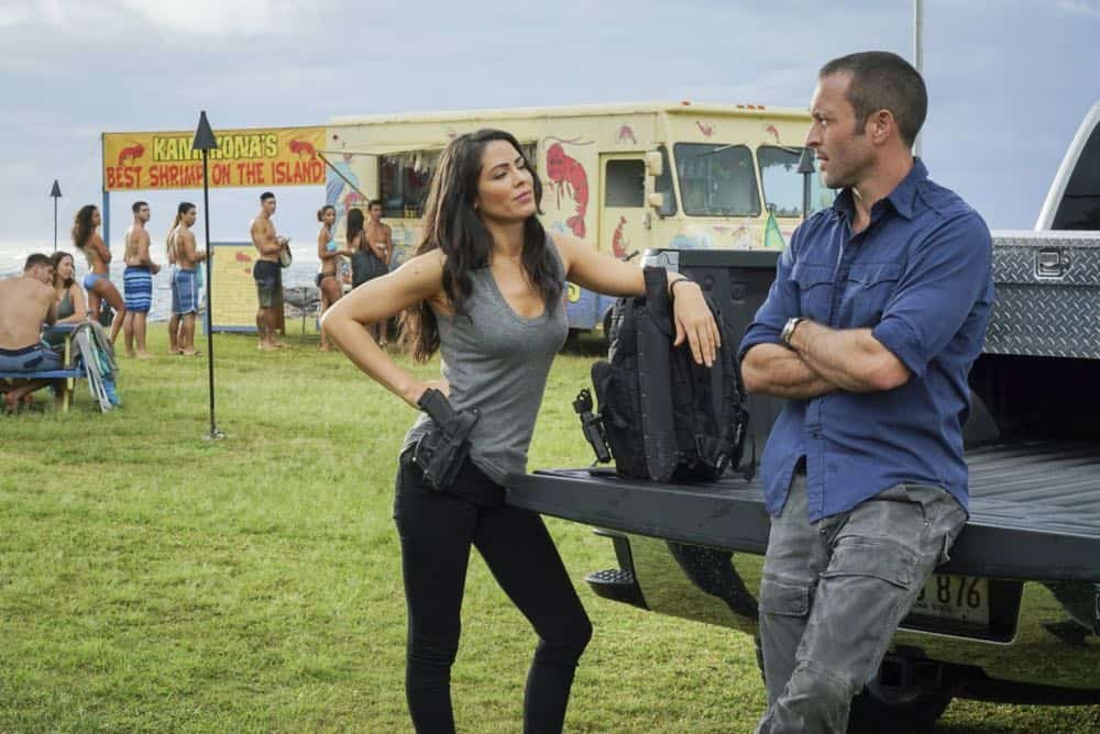 """He lokomaika'i ka manu o Kaiona"" -- Catherine Rollins (Michelle Borth) recruits McGarrett and Jerry to help her track down a uranium deposit thought to be hidden on an abandoned Hawaiian island before a suspected terrorist can make dirty bombs with it. Also, when Junior falls and is trapped in a ravine, he reflects on his estranged relationship with his father, on HAWAII FIVE-0, Friday, April 13 (9:00-10:00 PM, ET/PT) on the CBS Television Network. Pictured left to right: Michelle Borth as Catherine Rollins and Alex O'Loughlin as Steve MCGarrett. Photo: Karen Neal/CBS ©2018 CBS Broadcasting, Inc. All Rights Reserved (""He lokomaika'i ka manu o Kaiona"" is Hawaiian for ""Kind is the Bird of Kaiona"")"