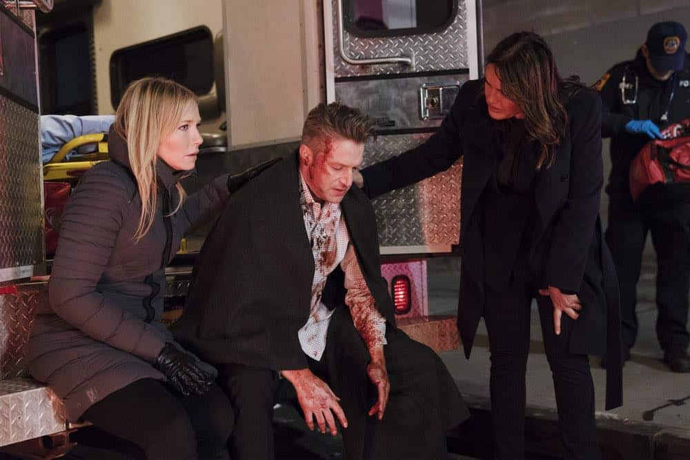 "LAW & ORDER: SPECIAL VICTIMS UNIT -- ""Sunk Cost Fallacy"" Episode 1919 -- Pictured: (l-r) Kelli Giddish as Detective Amanda Rollins, Peter Scanavino as Dominick ""Sonny"" Carisi, Mariska Hargitay as Lieutenant Olivia Benson -- (Photo by:Peter Kramer/NBC)"