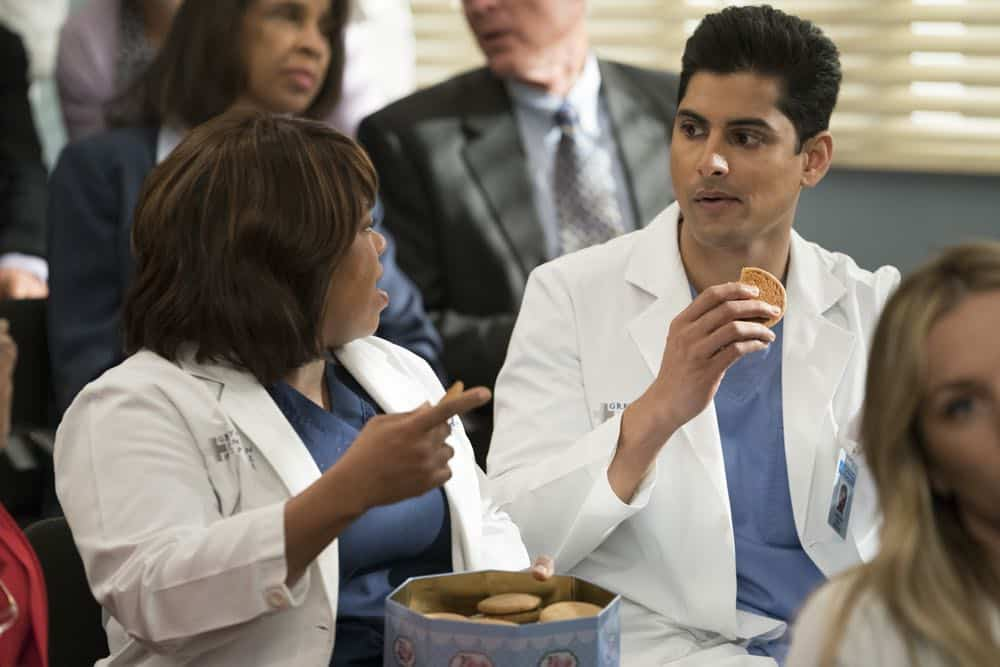 """GREY'S ANATOMY - """"Judgment Day"""" - During presentations on Grey Sloan Surgical Innovation Prototypes Day, Arizona shares some cookies from an appreciative patient that, unbeknownst to her, contain a special ingredient. Meanwhile, Catherine reveals some shocking details to Jackson about his grandfather's past; and Jo steps in mid-operation on a major surgery after Bailey and Meredith are down for the count, on """"Grey's Anatomy,"""" THURSDAY, APRIL 19 (8:00-9:00 p.m. EDT), on The ABC Television Network. (ABC/Byron Cohen) CHANDRA WILSON, RUSHI KOTA"""